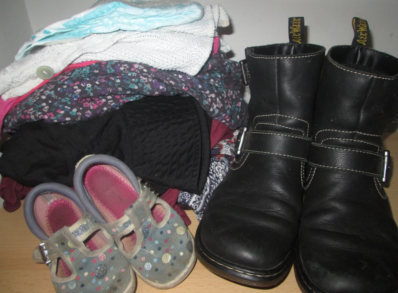 Travel clothes, travelling lightly, packing lightly