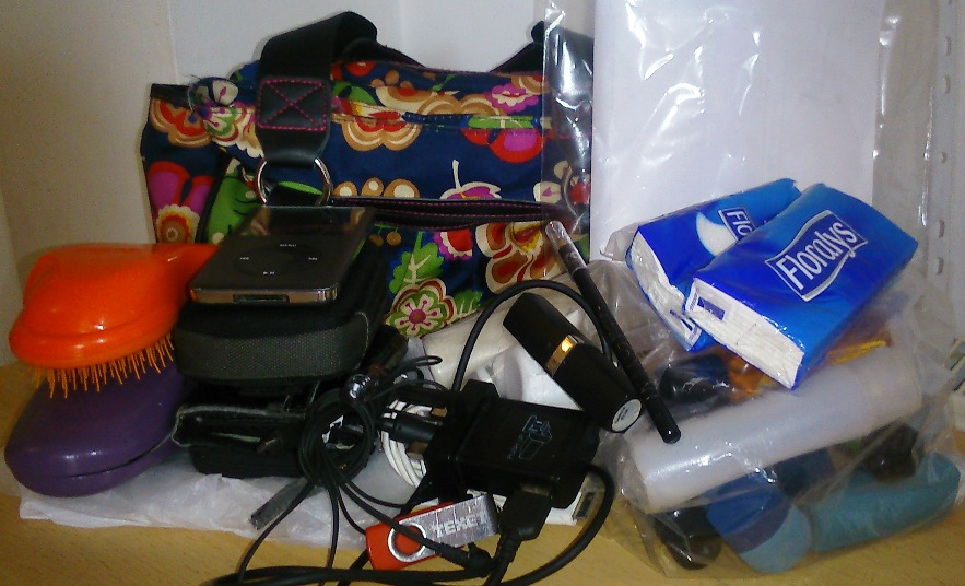 hand luggage, travelling lightly, packing lightly