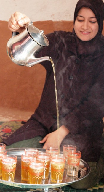 Time for tea: a typical sight of Moroccan hospitality (Commons Licence image)
